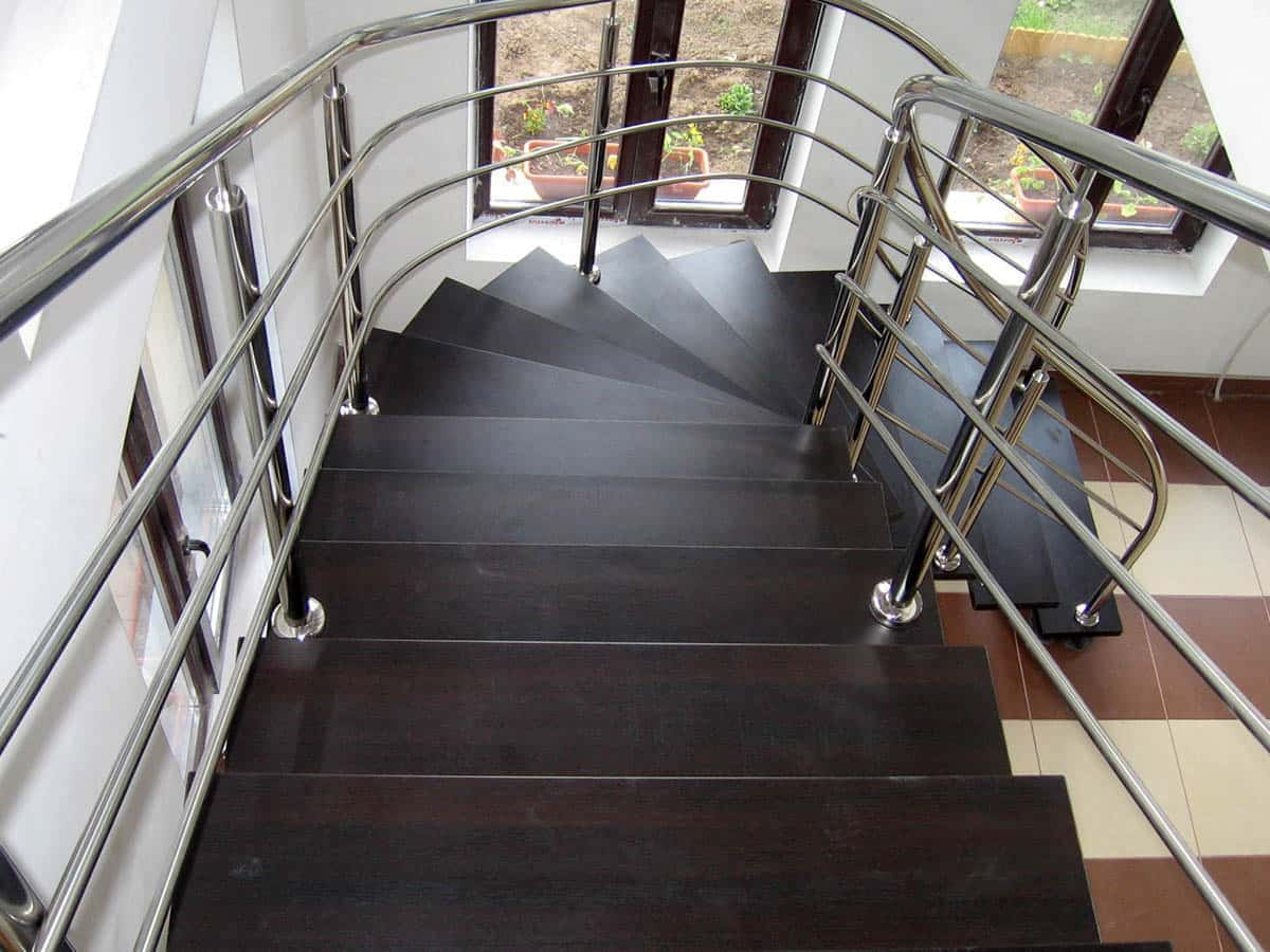 scari cu o grinda vang scari interior inox scari inox. Black Bedroom Furniture Sets. Home Design Ideas